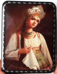 "Russian lacquer box - ""Fedoskino"" - Russian Beauty 9- Dimensions: 10 cm x 8 cm x 3 cm"