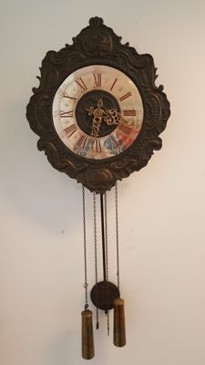 Wall clock with bronze frame and silver-coloured dial - Late 20th century