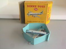 Dinky Toys - Scale 1/200 - Vickers `Viscount` Airliner `Air France` No.706
