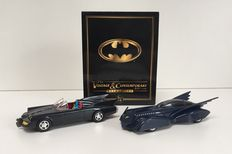 Batman - 2 Batmobiles - The vintage & Contemporary edition - Scale 1/43