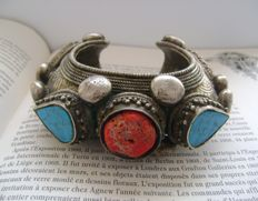 Antique Silver Bhutanese Himalaya Dobchu Bracelet with Turquoise and Coral  - ca. 1900
