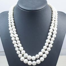 18 kt yellow gold of freshwater cultured pearls 6 – 11 mm, length 41 cm