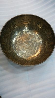 Handmade singing bowl – Nepal – Second half 20th century