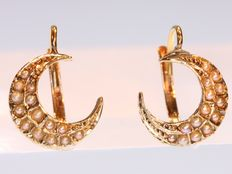 Victorian half moon sickle gold and pearl earrings - anno 1890