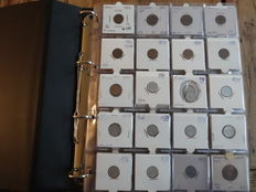 Finland – Collection of coins in a collector's album (Approx. 150 pieces).