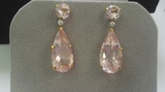 18 kt gold. Earrings with diamonds and citrines. No reserve.