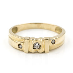 Yellow gold 8 kt (750) ring - brilliant cut diamonds 0.1 ct – Ring size: 14 (ES)