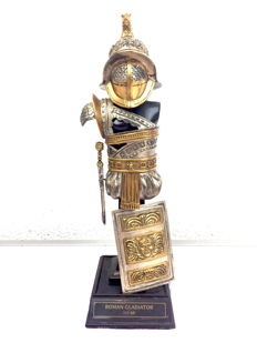 Franklin Mint silver plated and 24 kt gold-plated armour of Roman Gladiator consisting of 5 items