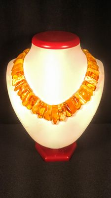 Natural Baltic amber necklace, 58 grams