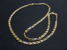 18 kt white and yellow gold necklace - Length: 50 cm