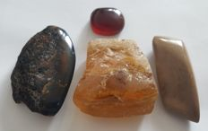 Natural royal white beige red blue yellow polished amber stone, 227gm