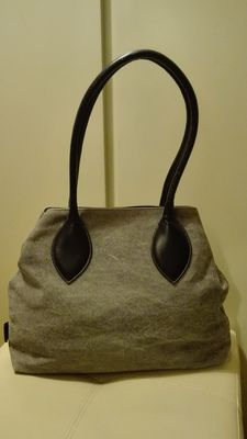 Furla – Large bag with rigid handles ***No reserve price***