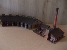 Faller H0 - 130952 – old brick factory and locomotive shed with 6 entrances
