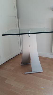 Rolf Benz – designer corner table consisting of metal and glass