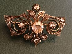 Women's antique lapel pin.