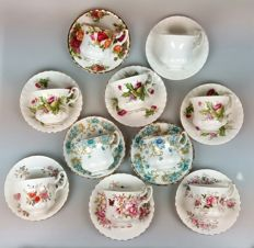 "Royal Albert - 10 cups & saucers (a.o. ""Highland Thistle"", ""Country Life series"", ""Sheraton series"")"