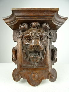 Wooden lion head console - France - 19th century