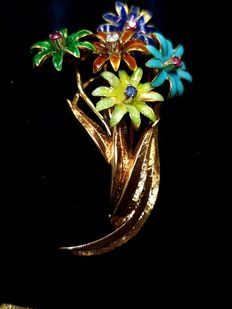 Gold and enamel brooch with colourful flowers – probably from 1950s