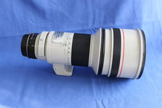Canon FD 300mm 2.8 L lens - manual focus and diaphragm - T universal EOS