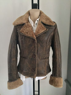 UGG – Jack – aviator jacket –coat – lammy leather