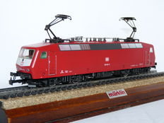 Märklin H0 - 3353 - Electric locomotive BR 120 of the DB