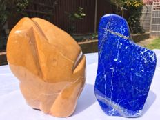A set of Mineral freeforms, including Lapis Lazuli and Jasper - 16to 18cm -  3914grams  (2)
