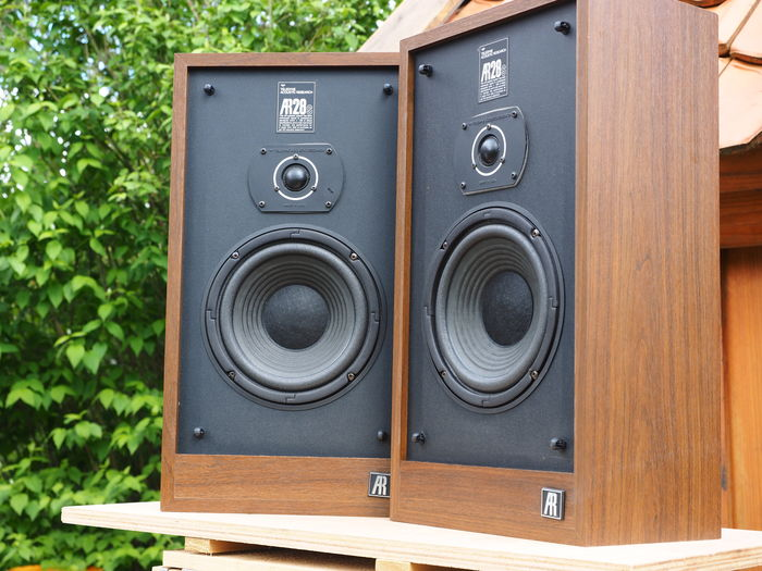 Acoustic Research Ar 28 S Vintage Seventies Speaker Made In Catawiki