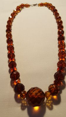 Antique amber necklace in a cognac honey colour with a Kaliningrad cut – 30 g