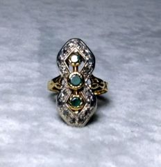Gold Art Nouveau ring with emeralds and diamonds – made in Italy