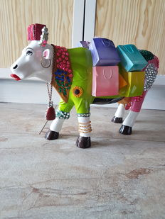 Amber Felts for Cow Parade, Cow Parade, Ms Moolevard, XL resin