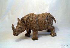 Large heavy rhino made of glazed clay - artist work