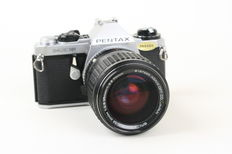 Pentax Me Super 35mm slr camera & smc pentax 1:2.8 35mm - 1:3.5 70mm lens