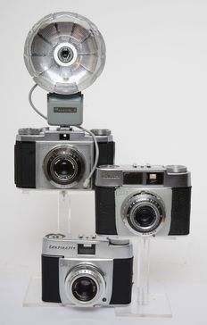 3 Zeiss Ikon analoge camera's o,a, uit 1954/55