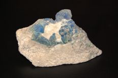 Fluorescent Sodalite on marble - 13 x 7 x 4.1 cm - 416 gm