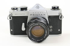 Asahi Pentax spotmatic (sp) 35mm slr camera (1964-1974) with super-takumar 1:1.8 55mm lens