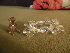 Swarovski - Oldtimer Automobile -  sitting Golden Retriever