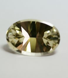 Beryl - light yellow - 18,85 ct