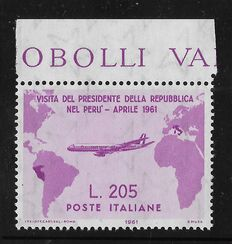 Republic of Italy – 1961 – Visit of President Gronchi to South America with sheet margin