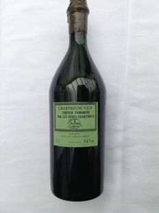1  Bottle of Chartreuse  V.E.P. Green (Vieillissement Exceptionnellement Prolonge) produced by the brothers Chartreux - L. Garnier - 38503 Voiron France