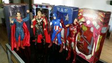 4 NECA statues 1/4 scale: Superman, Captain America, Thor and Iron Man