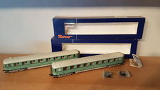 Roco H0 - 45760/45761 - 2 Passenger carriages of the NS with lighting