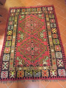 Kilim with flat weave with slits; 205 × 300 cm; Authentic Konya (Central Anatolia); Circa 1960s