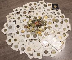 The Netherlands – Collection with approx. 200 medals, play money, ship money, vending machine money