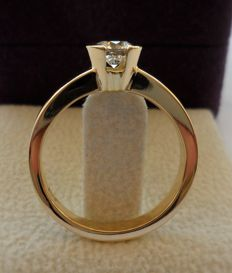 18K Yellow Gold Ring with Ideal Cut Round Brilliant Diamond of 0.52 ct  *  IGI Certified D/IF 3x Excellent