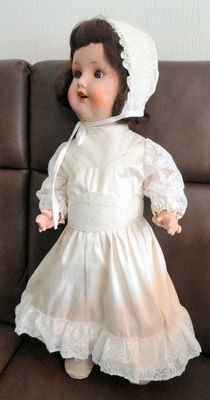 Sonneberg Germany Porcelain doll, doll around 1949, porcelain head, body composition
