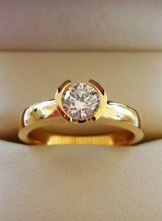 IGI Certified 0.52 ct Natural Diamond D/IF 3x Excellent Cut in New Handmade Ring of 18K/750 Yellow Gold  -  Ring Size: 17.5/55/7.5 (US)