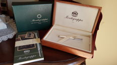 Montegrappa Reminescence Rollerball pen entirely made of 925 solid silver