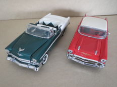 Franklin Mint - Scale 1/24 - Chevrolet Bel Air 1956 and Chevrolet Bel Air 1957