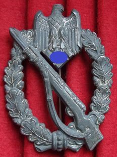 "Germany Infantry assault badge in silver. WW II Manufacturer ""S.H.u.Co."" Sohni, Heubach & Co. Oberstein."