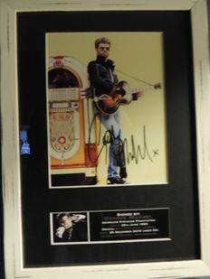 Beautiful George Michael Memorial Signed Autograph Signed Picture Framed  Reprinted